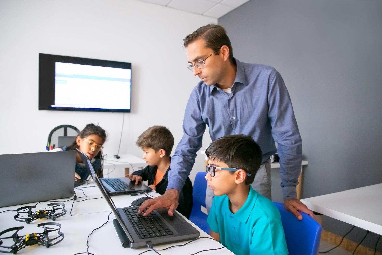 Laptop jakie parametry dla dziecka