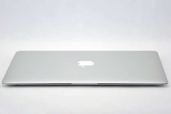 "Apple MacBook Air A1466 i5-5250U 4 GB 121 SSD 13,3"" WXGA+ W7Pro A-"