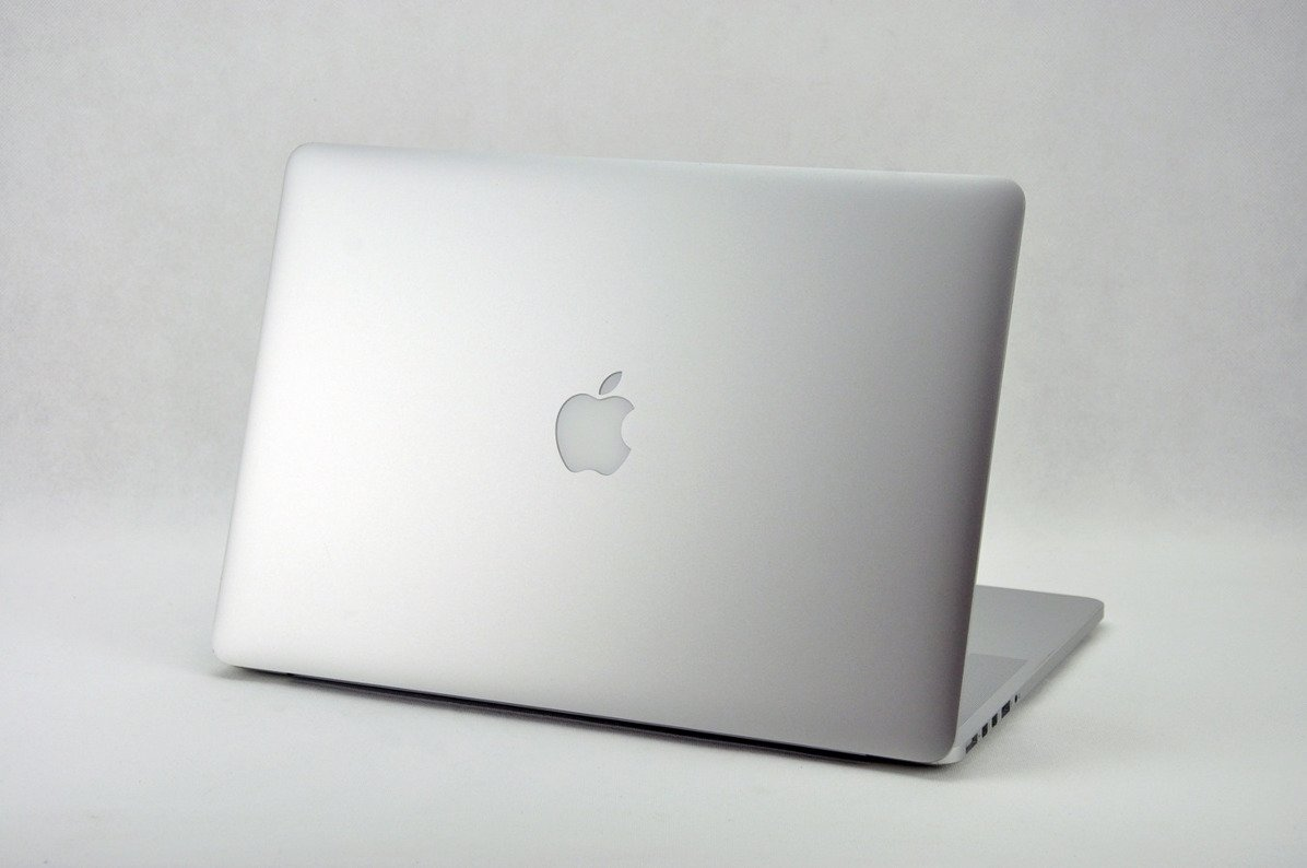 "Apple MacBook Pro A1398 i7-4750HQ 8 GB Brak 15,4"" 2880x1800 OS X A-"