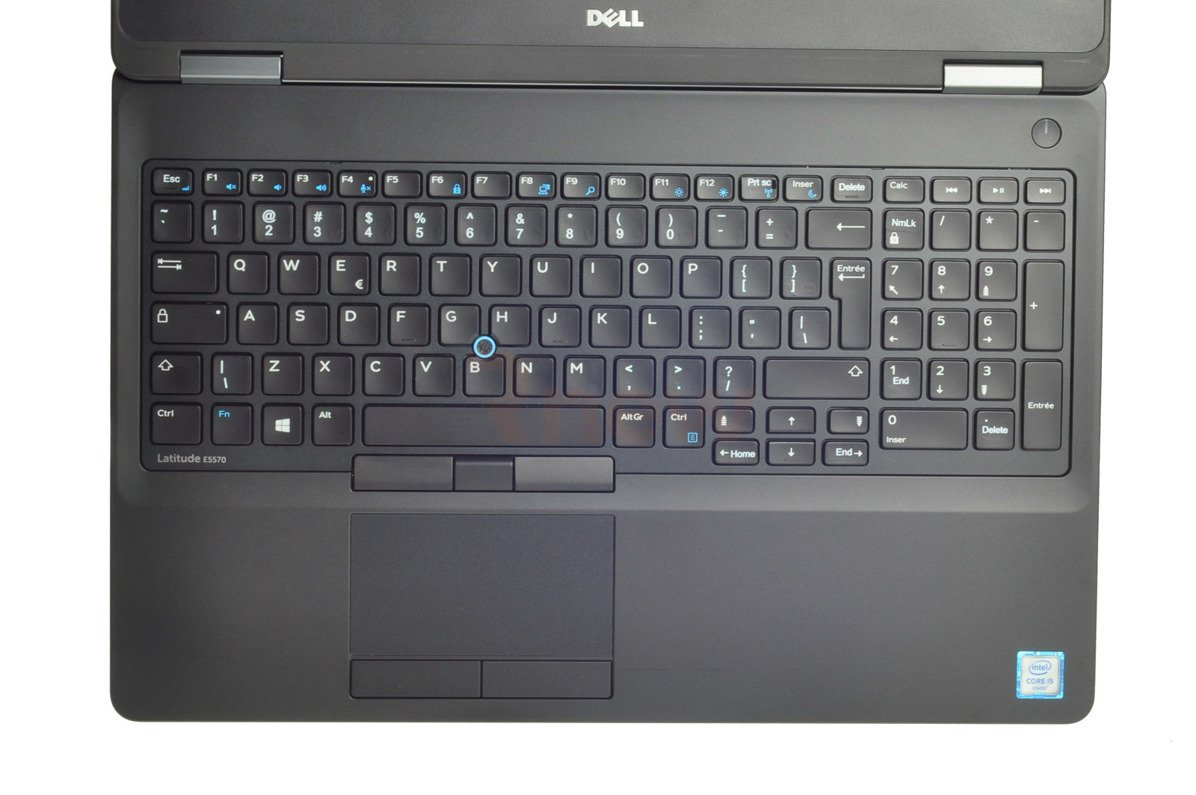 "Dell LATITUDE E5570 Intel Core i5-6300U 2.40 GHz 8 GB 512 SSD 15.6"" 1366x768 Win 8 Pro A-"