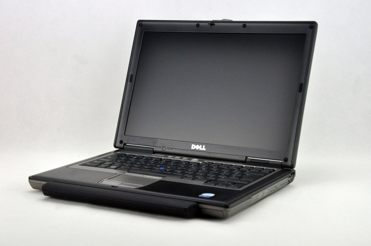 "Dell Latitude D630 T7300 2 GB 320 HDD 14"" WXGA W7Pro A- 04"