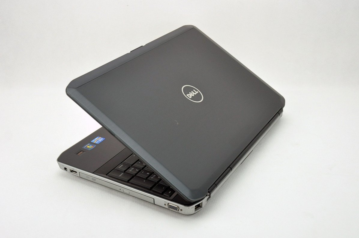 "Dell Latitude E5530 i3-3120M 4 GB 500 HDD 15,6"" HD W7Pro A- 16"