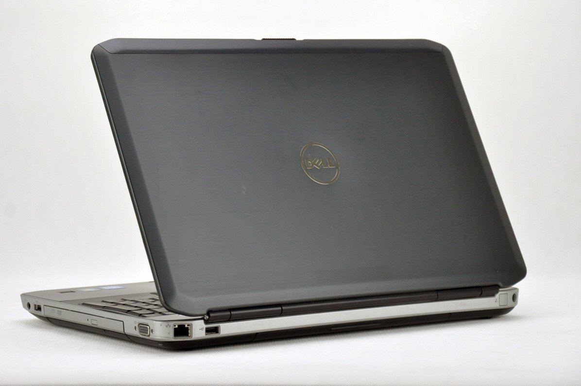 "Dell Latitude E5530 i3-3120M 4 GB 500 HDD 15,6"" HD W7Pro A- 05"