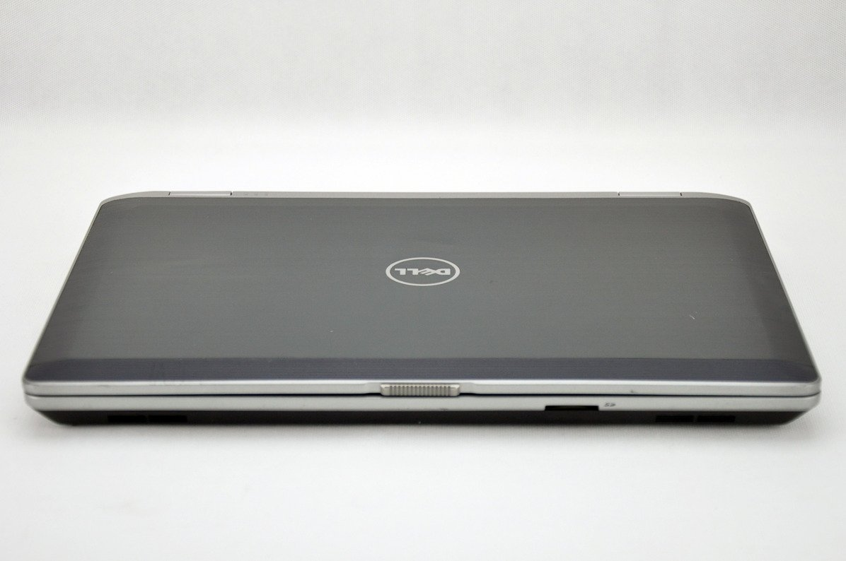 "Laptop Dell Latitude E6530 i5-3320M 6 GB 320 HDD 15,6"" HD W7Pro A-"