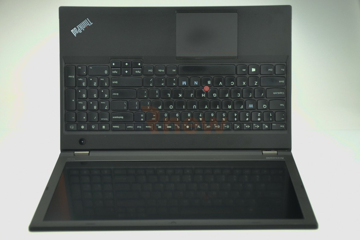 "Lenovo T540p Intel Core i7-4800MQ 2.70 GHz 8 GB 320 HDD 15,6"" 1920x1080 Win 8 Pro B 02"