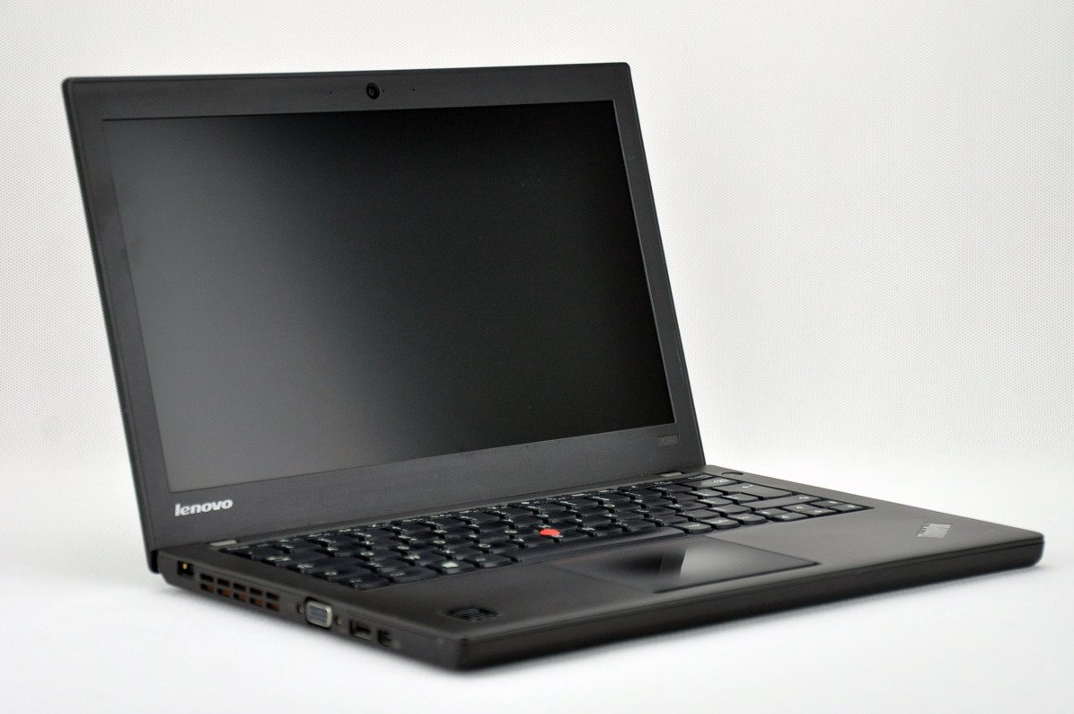 "Lenovo ThinkPad X240 i5-4300U 4 GB 240 SSD 12,5"" HD W8Pro A- 03"