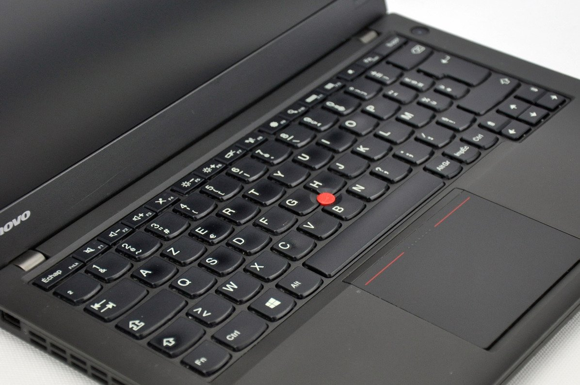 "Lenovo ThinkPad X240 i5-4300U 4 GB 240 SSD 12,5"" HD W8Pro A- 08"